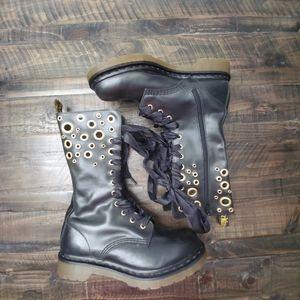 DR. MARTENS Johari Boots | 9 US